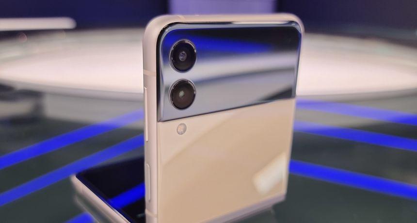 Galaxy Flip 3 5G: Tehnolovac je testirao još jedan Samsungov preklopni telefon, evo što ga je posebno oduševilo!