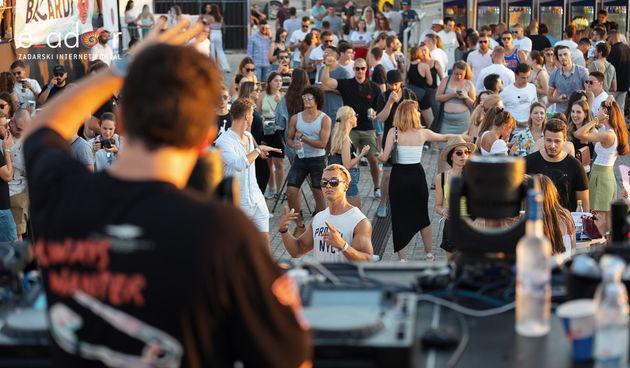 Zadar Sunset Festival @ Pozdrav suncu