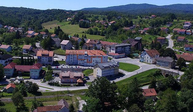 HDZ kontra gradonačelnice i novog urbanističkog rješenja gornjeg Ozlja, Lipšinić: Opstruirate Grad, čije interese Gradsko vijeće uistinu zastupa?