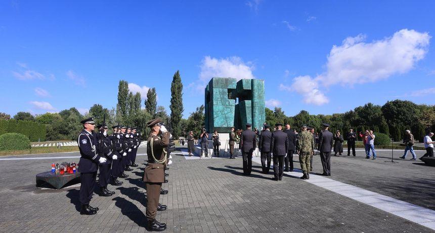 U Vukovaru svečano obilježena 30. obljetnica Bitke za Vukovar