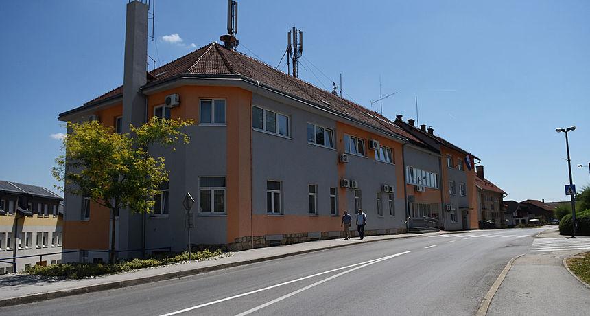 Grad Ozalj i ove godine uručit će javna priznanja, ovogodišnji predlagatelji su HDZ Ozalj, grupa građana i gradonačelnica Lipšinić