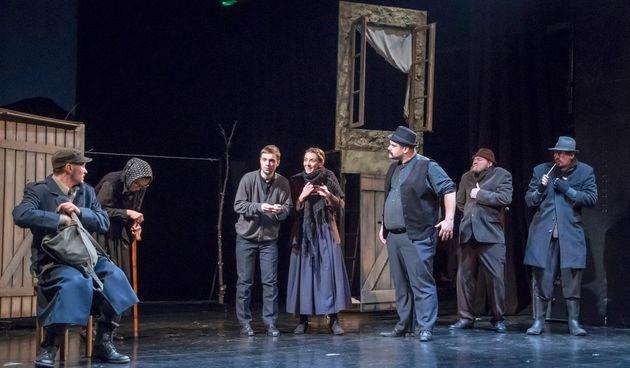 U petak kazališna premijera s reprizom u nedjelju, u subotu gostovanje Vinkovčana i Osječana u Zorin domu