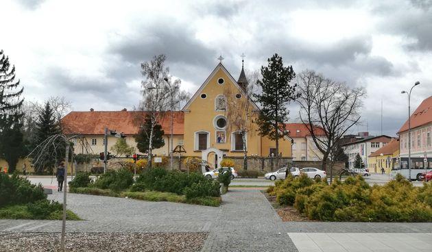 Kapucinska crkva - Varaždin - prognoza - proljeće - oblačno
