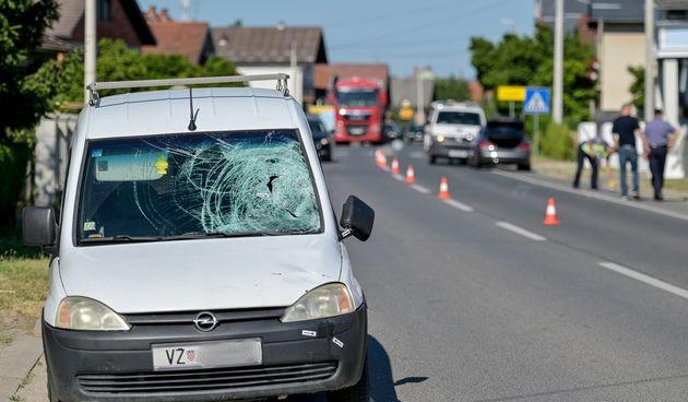 FOTO Vozilo naletjelo na pješakinju, preminula je na mjestu događaja