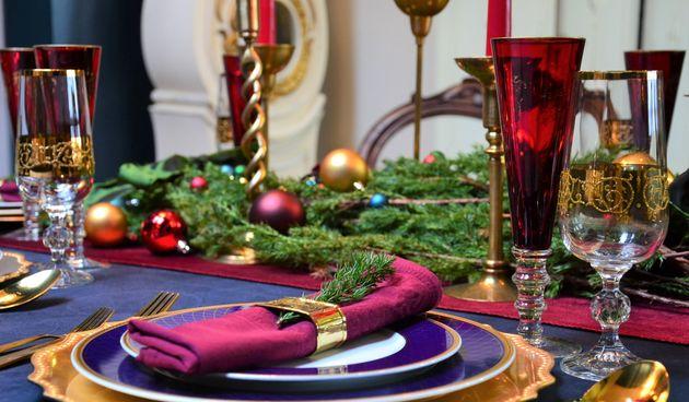 Ankica Herceg Juričević, stilistica interijera, kaže kako je blagdansko dekoriranje doma idealna prilika za maštovito realiziranje različitih kreativnih ideja. Njezina preporuka je da se vodite vlastitim željama i osjećajima, ali da pri tome pazite na usk