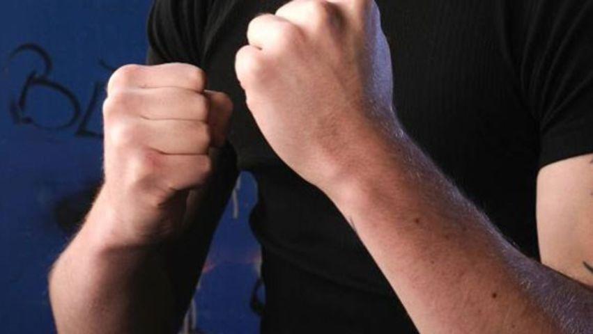 KAOS U PARAGU Mlatili se bokserom i letvom, mladić (20) zadobio teške ozljede opasne po život