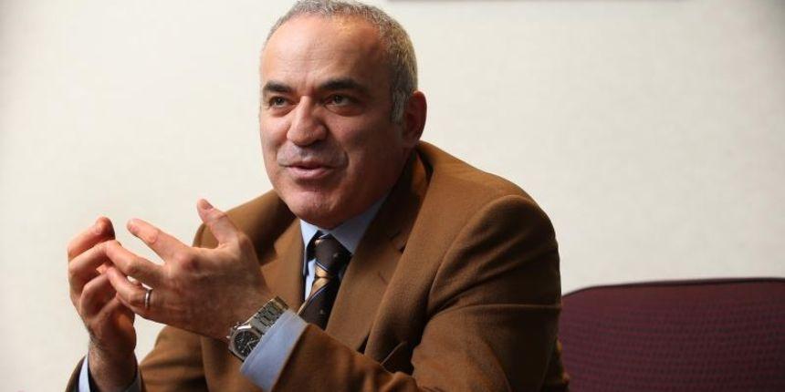 Kasparov u Splitu: 'U Hrvatskoj ću otvoriti međunarodno šahovsko središte; nitko me ne plaća za ono što pišem'
