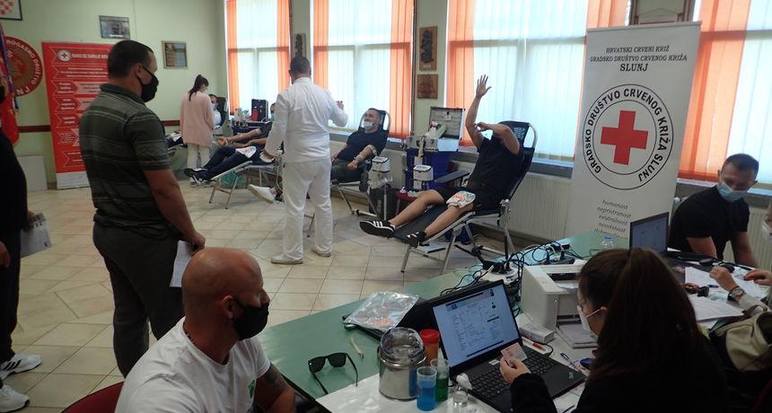 Na petoj ovogodišnjoj akciji darivanja krvi u organizaciji GD Crvenog križa Slunj prikupljeno 80 doza