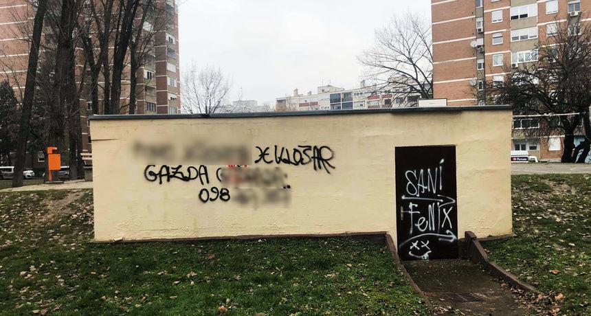 GRAFITIMA NA FASADE Išarao niz zgrada porukama o javnim osobama pa završio na sudu