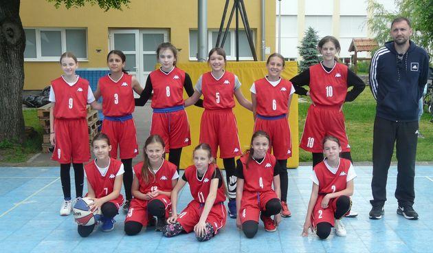 Nakon pola godine zaigrale i male karlovačke košarkašice - u Zagrebu ostvarile dvije pobjede