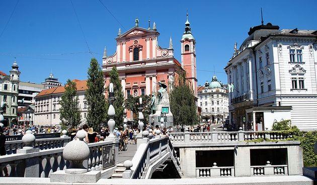 Strani studenti u Sloveniji na računu moraju imati 5000 eura