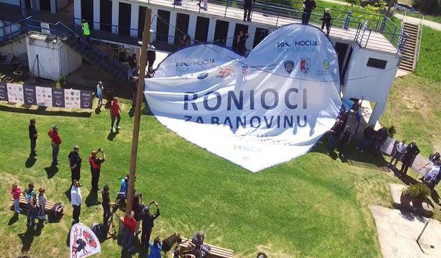 Ronioci, Banovina