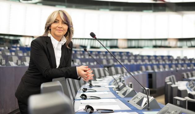 OTVOREN NATJEČAJ 'KREIRAJ EUROPU BUDUĆNOSTI' Ti odlučuješ kakva bi trebala biti Europa budućnosti u kojoj želiš živjeti!
