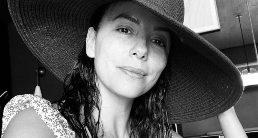 Novi viralni izazov među ženama: Black and white challenge za međusobnu potporu