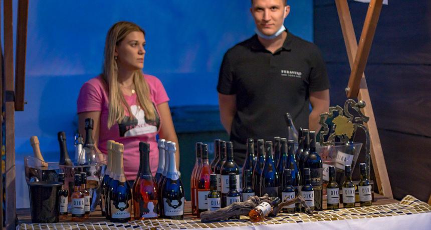 Perivoj kralja Tomislava: Večer vina i umjetnosti