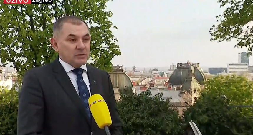 Lovrić za RTL: 'Vjerujem da će se učenici od petog do osmog razreda u ponedjeljak vratiti u školske klupe'