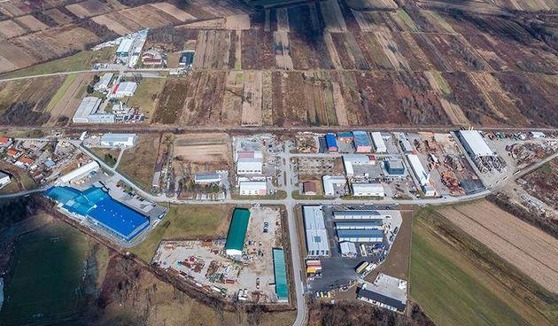 Gradonačelnica Ozlja najavila izgradnju nastavka prometnice u poslovnoj zoni, za ovu investiciju tvrtka Flammifer darovala zemljište