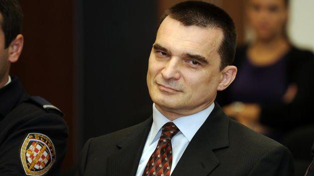 Vladimir Zagorec -  bivši general HV-a i bivši pomoćnik ministra obrane osuđen je u aferi Dijamanti