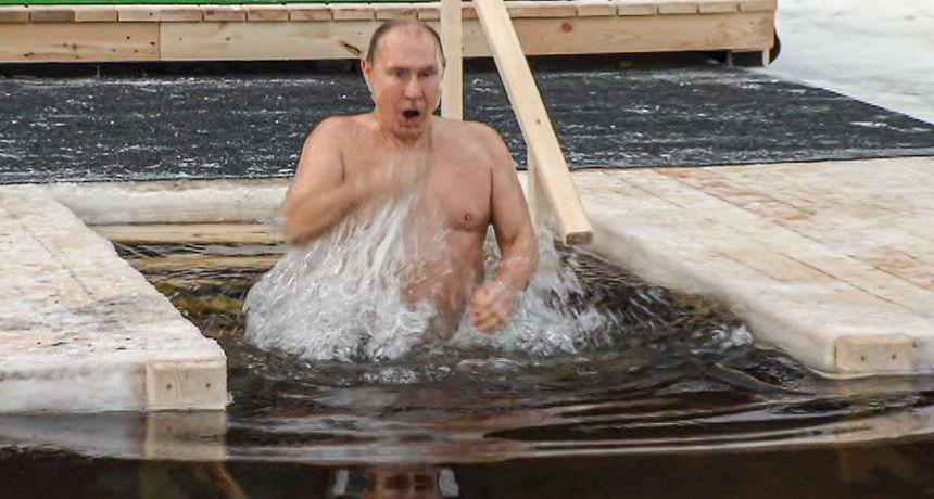 FOTO Putin se okupao u zaleđenom jezeru u povodu pravoslavnog Bogojavljenja