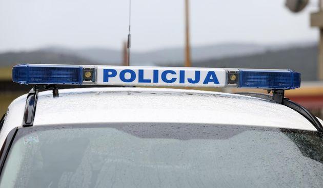 Policija, policijski auto