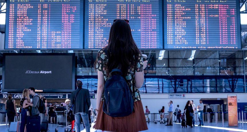 Kako izbjeći bolest putovanja? Važno je gdje sjedite i kamo gledate