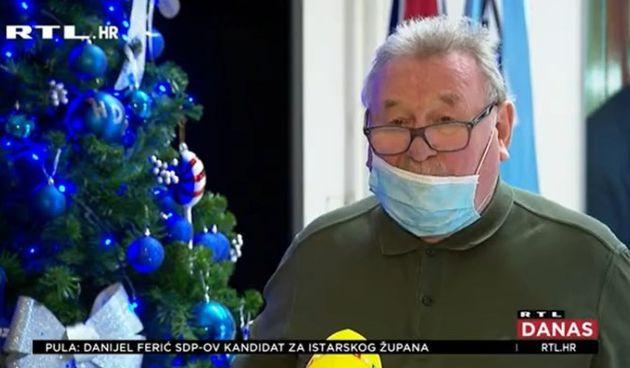 Da nije smiješno bilo bi žalosno: Pogledajte kako je Šeks stavio masku na lice