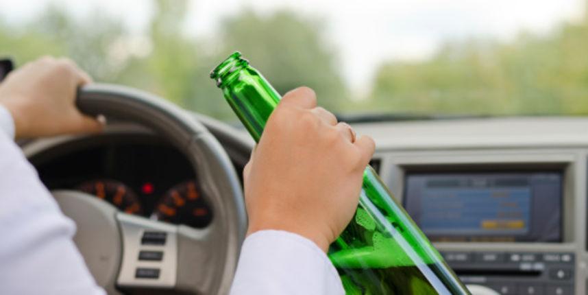 Kažnjen popriličnom novčanom kaznom: Muškarac vozio pijan, bježao i vrijeđao policiju