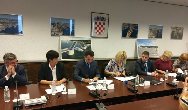 Potpisan Sporazum o zajedničkom financiranju državne brzobrodske linije Pula – Zadar