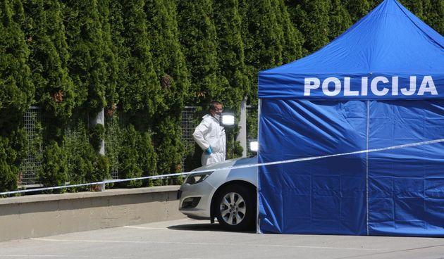 Užas u Slavoniji: U autu na parkiralištu mjesnog groblja pronađeni mrtva žena i mrtav muškarac