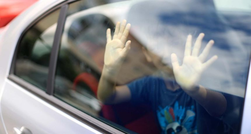 PREVENTIVNA AKCIJA Varaždinska policija: 'Ne ostavljajte djecu samu u vozilima'