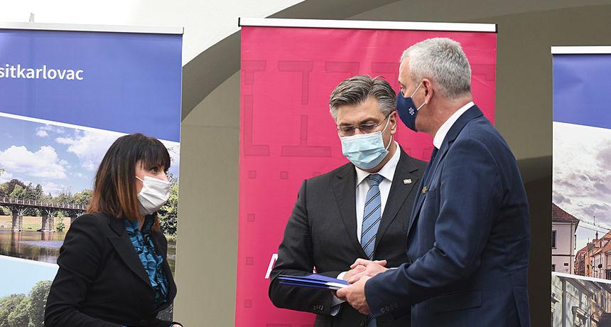 Uručeni ITU ugovori, u Karlovac stiže novac za Edison, Teslu i vrelovod - Plenković: Ovo će građanima omogućiti kvalitetniji život