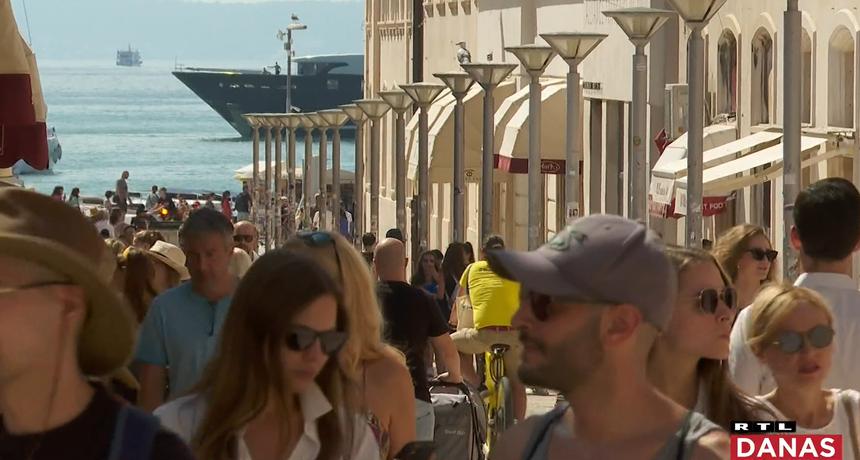 Hrvatska je u crvenom, no mnogi turisti to ne znaju: Turiste iz Češke čekaju problemi nakon povratka kući