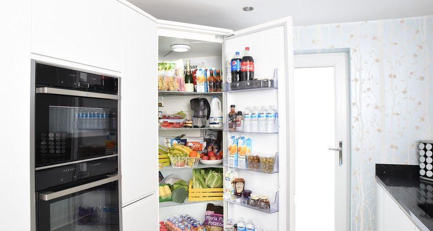 U hladnjaku vam se stalno stvara led? Ima načina kako to spriječiti