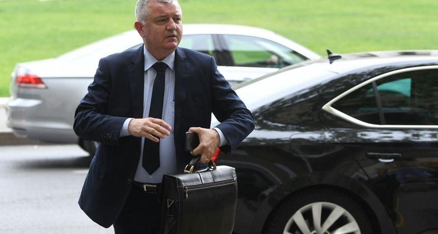 Ministar Darko Horvat u samoizolaciji, njegova pomoćnica pozitivna na koronavirus