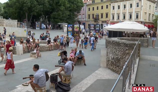 Alarm na korona karti Hrvatske: Pred vrhunac sezone, obala je u narančastom
