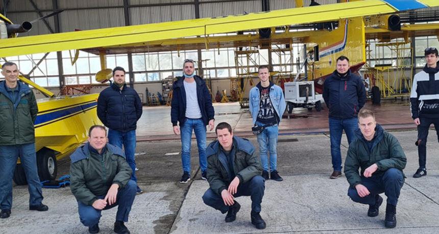 U Zemuniku završena obuka zrakoplovnih tehničara i inženjera za Air Tractor AT-802