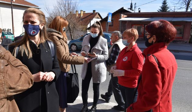 Gradsko društvo Crvenog križa Slunj vrlo je aktivno - 26 djelatnika brine o 170 korisnika, posjetila ga i županica