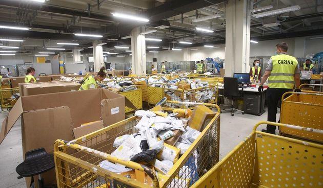 paketi, pošiljke, kina. ebay, online, kupovina, internet