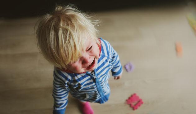 Sva djeca imaju strahove kako odrastaju i to je normalan dio dječjeg razvoja. Evo pet najčešćih i kako se boriti s njima