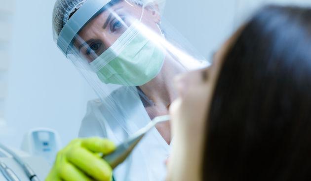 zubarica stomatolog zubar