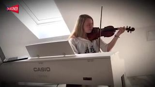 GLASNO!  Lucy Marrie - Autocesta (thumbnail)