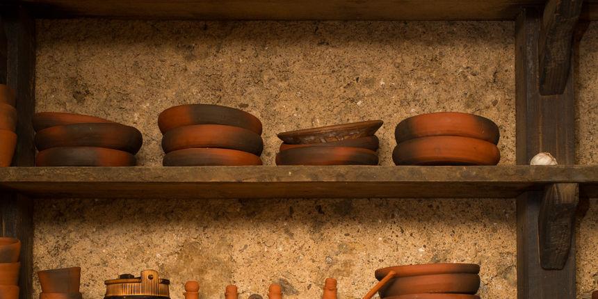 Bez gline nije bilo keramike, a posuđe se radilo na lončarskom kolu