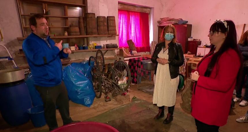 Potraga donosi potresnu priču: Majka s gluhom djecom godinama moli da ih se makne iz škole u napuštenom selu u kojem žive