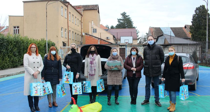 Saborska zastupnica SDP-a Irena Šimunić iz Ozlja zajedno s kolegicama pokrenula akciju za djecu iz Dječjeg doma Vrbina Sisak
