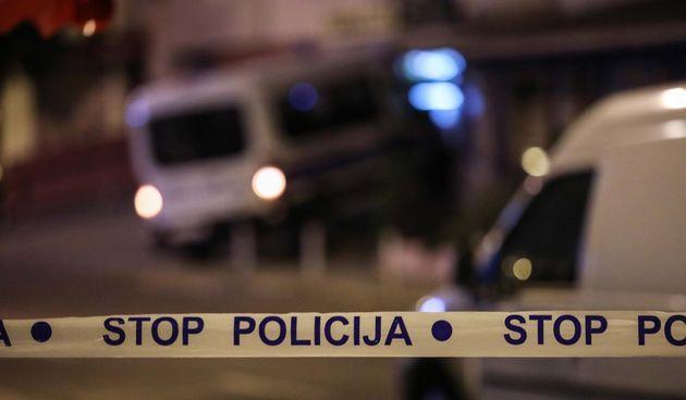 Policija nakon pucnjave u Dugavama