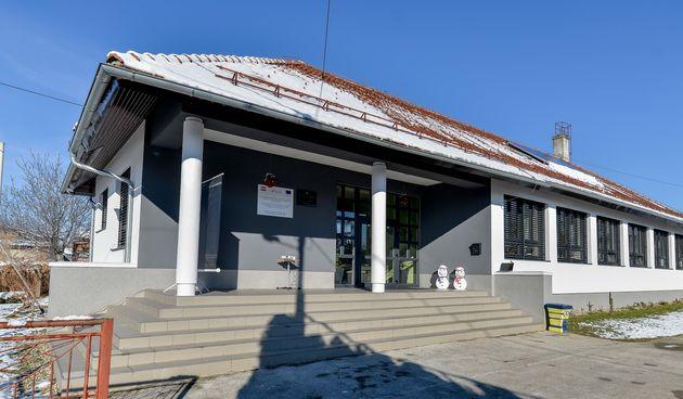 VIDEO Ulaganje nakon 40 godina - energetski obnovljena Područna škola u Gačicama