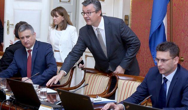 Petrov , Karamarko i Orešković