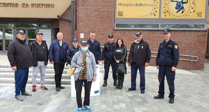 FOTO U centru Čakovca održana akcija 'Manje oružja, manje tragedija'