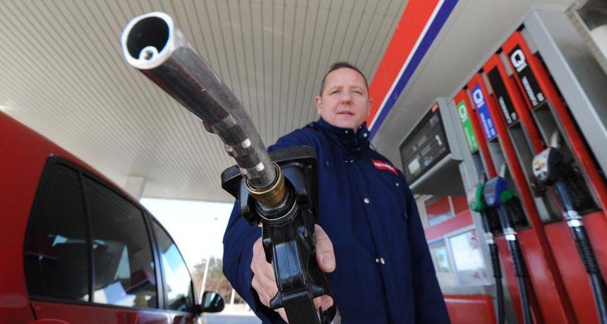 NOVE CIJENE GORIVA Benzin najskuplji u posljednjih sedam godina!