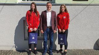 ŽRK ZRINSKI Gradonačelnik Kovač primio je rukometašice Anju Balent i Hannah Vuljak